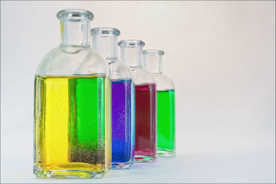 La botella que puede transformar el aire en agua