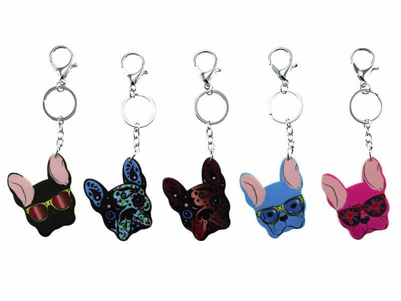 llaveros de perros de diferentes colores